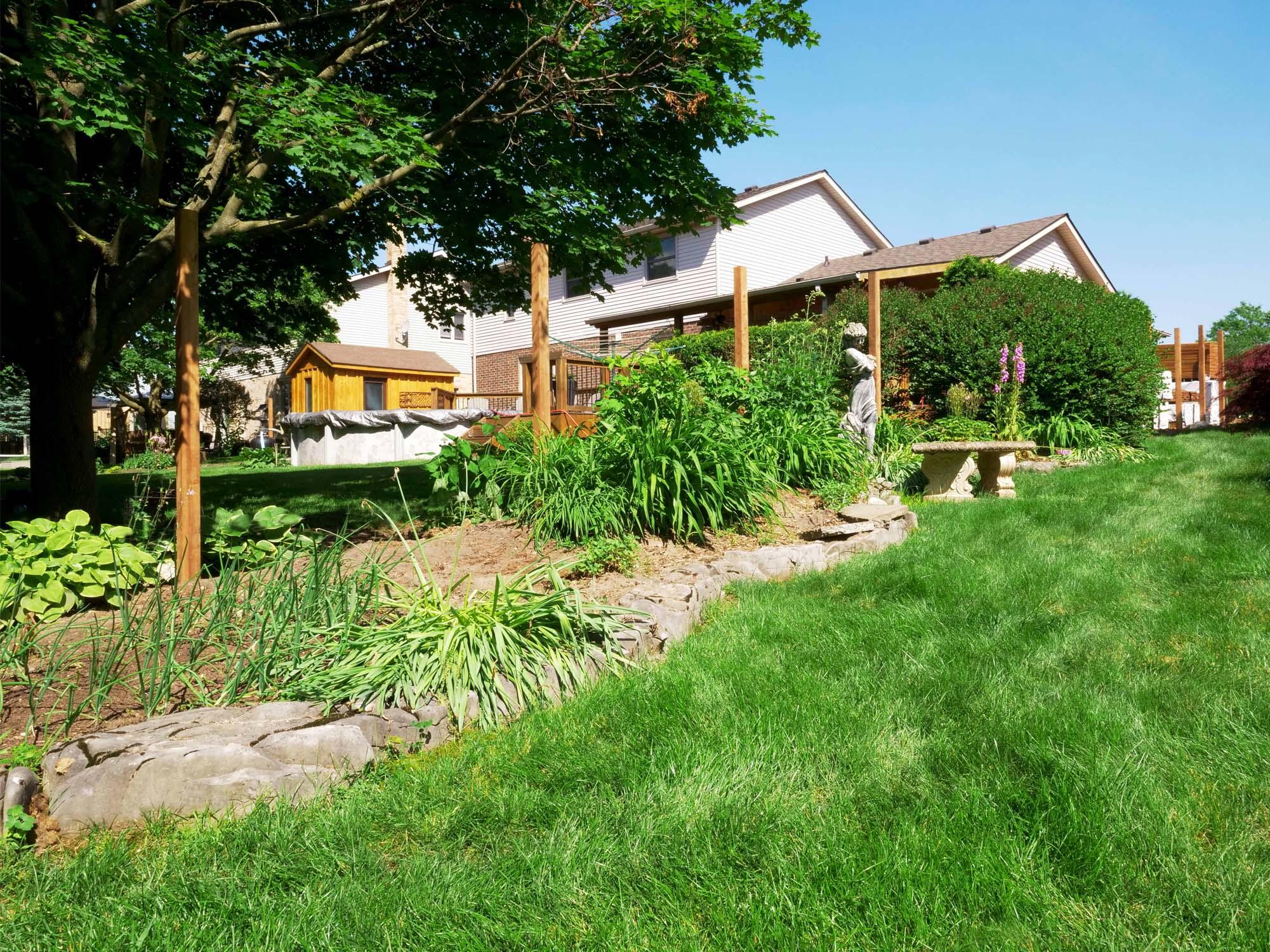 fence-posts-garden-woodstock-ontario